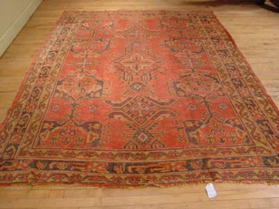 Ushak Antique - Click for close up